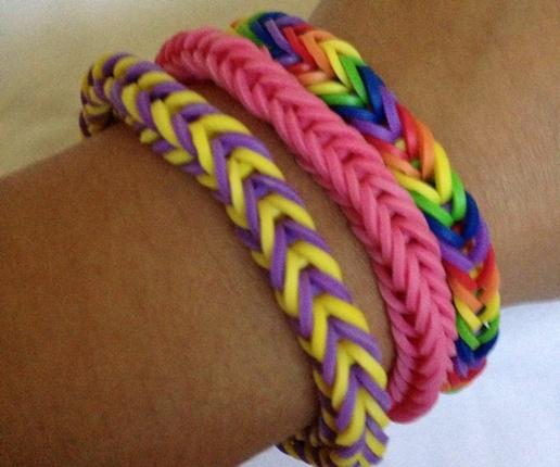 Le Rainbow Loom l'accessoire jeu à la mode